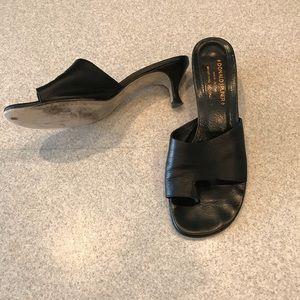 Donald J. Pliner size 8 kitten heel slide sandals